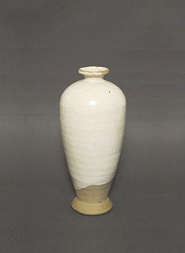 白釉梅瓶(鉅鹿手)