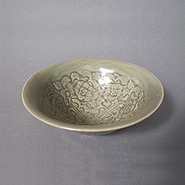 耀州窯印花牡丹文鉢